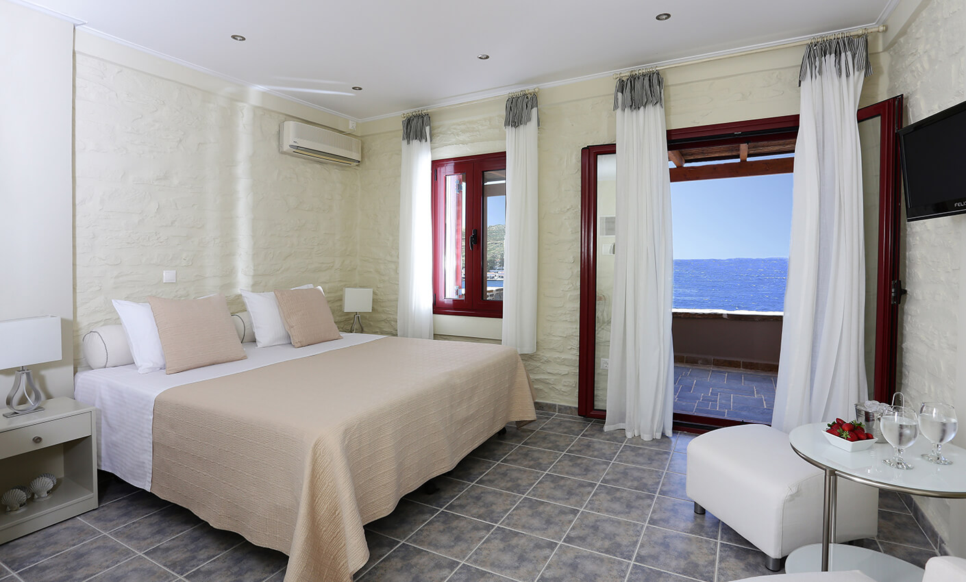 twin_room_sea_view_02